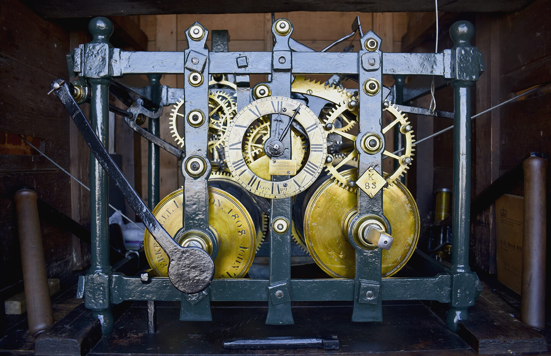 Turret clock mechanism
