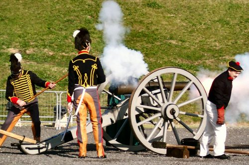 Napoleonic soldiers firing a cannon