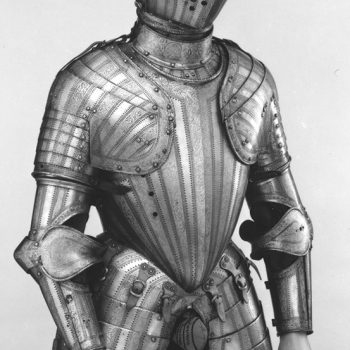 Decorated plate armour