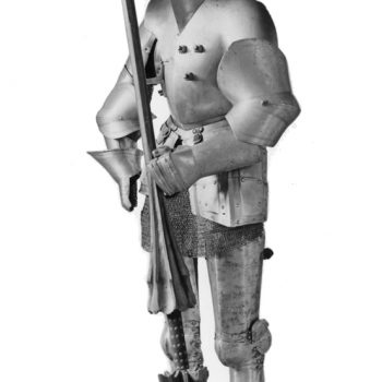 plate armour with lance and plume