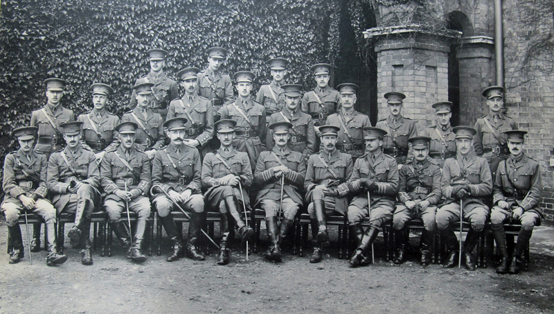 photograph of army officers from the first world war