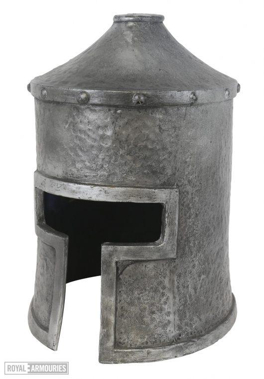 Cylindrical helmet